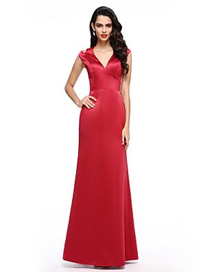 ec7667766348 Χαμηλού Κόστους Φορέματα Χορού Αποφοίτησης Online