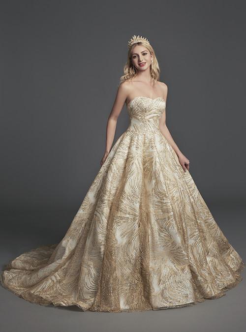99f3354e9b87 Plesové šaty Srdcový výstřih Velmi dlouhá vlečka Flitry Zářivé Formální  večer Šaty s Flitry podle LAN.