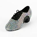 Χαμηλού Κόστους LED Φωτολωρίδες-Γυναικεία Παπούτσια χορού λάτιν / Αίθουσα χορού Φο Δέρμα Δαντέλα μέχρι πάνω Τακούνια Τεχνητό διαμάντι Χαμηλό τακούνι Μη Εξατομικευμένο Παπούτσια Χορού Μαύρο