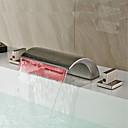 povoljno Slavine za umivaonik-Moderna Slavine s tri otvora Waterfall LED Keramičke ventila Dvije ručke tri rupe Nickel Brushed, Kupaonica Sudoper pipa