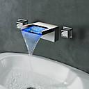 billiga Tvättställsblandare-Badrum Tvättställ Kran - Vattenfall / LED Krom Väggmonterad Två handtag tre hålBath Taps