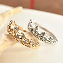 billiga Dekaler-Dam Ring Princess Crown Ring Guld Silver Zircon Legering damer Klassisk Bröllop Party Smycken prinsessa