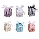 billige Bursdagdekor-10pcs / set kjærlighet hjerte fest bryllup hule vogn baby shower favoriserer gaver godteri bokser
