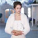 cheap Wedding Wraps-3/4 Length Sleeve Faux Fur Wedding / Party / Evening Women's Wrap With Feathers / Fur Shrugs