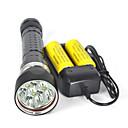 Χαμηλού Κόστους Κρεβάτια & Κουβέρτες σκυλιών-Φακοί LED Φακοί Κατάδυσης Αδιάβροχη 8000 lm LED 4 Εκτοξευτές 3 τρόπος φωτισμού με μπαταρίες και φορτιστή Αδιάβροχη Επαγγελματικό Αντικραδασμικό Ανθεκτικό στη φθορά / IPX-8