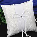 ราคาถูก ของประดับตกแต่งงานแต่งงาน-ลูกไม้ / Plain Sateen ลูกไม้ ซาติน หมอนใส่แหวน Pillow ทุกฤดู