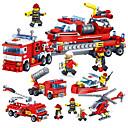 Χαμηλού Κόστους Building Blocks-Τουβλάκια Κατασκευασμένα Παιχνίδια Εκπαιδευτικό παιχνίδι 4 pcs συμβατό Legoing Χειροποίητο Αλληλεπίδραση γονέα-παιδιού Πυροσβεστικό όχημα Όλα Αγορίστικα Κοριτσίστικα Παιχνίδια Δώρο