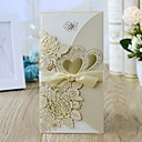 povoljno Pozivnice za vjenčanje-Zamotajte & Pocket Vjenčanje Pozivnice 10pcs - Pozivnice Cvjetni Style Pearl papira 21.5*11.5 cm Satin Bow