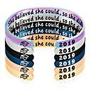 Χαμηλού Κόστους Προϊόντα φροντίδας σκύλων-Εξατομικευμένη Προσαρμοσμένη Βραχιόλι Ανοξείδωτο Ατσάλι Χαραγμένο Σειρά μηνυμάτων Numbăr Γράμμα Αποφοίτηση Δώρο Χοροεσπερίδα Circle Shape 1pcs Βιολετί Μπλε Χρυσό Τριανταφυλλί / Χαρακτική με Λέιζερ
