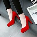 baratos Sapatos de Salto-Mulheres Saltos Salto Agulha Ponta Redonda Camurça Clássico Outono Preto / Vermelho / Casamento / Festas & Noite