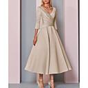 billiga Hattar & Fascinators-A-linje V-hals Ankellång Satäng 3/4 ärm Vintage / Plusstorlek / Elegant Klänning till brudens mor med Plisserat 2020