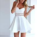 ราคาถูก ผ้าคลุมเบาะ-สำหรับผู้หญิง ฮอลิเดย์ โบโฮ Street Chic เพรียวบาง แต่งตัว - ลายพิมพ์, สีทึบ ขนาดเล็ก เหนือเข่า คอวี สาย White / Sexy