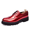 ราคาถูก รองเท้าOxfordสำหรับผู้ชาย-สำหรับผู้ชาย รองเท้าอย่างเป็นทางการ Microfibre ฤดูร้อนฤดูใบไม้ผลิ / ฤดูใบไม้ร่วง & ฤดูหนาว ธุรกิจ / ไม่เป็นทางการ รองเท้า Oxfords ระบายอากาศ สีดำ / สีทอง / แดง