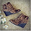povoljno Ženske čizme-Žene Čizme Ispis cipela Wedge Heel Okrugli Toe PU Čizme gležnjače / do gležnja Jesen zima Crn / Leopard / Bijela