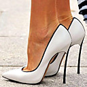olcso Női magassarkú cipők-Női Magassarkúak Tűsarok Erősített lábujj Lakkbőr Tavasz & Ősz Fehér