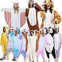 ราคาถูก เหยื่อตกปลา-ผู้ใหญ่ Kigurumi Pajama ยีราฟ รูปสัตว์ Onesie Pajama Polar Fleece Maroon / สีน้ำตาล / ดำ / ขาว คอสเพลย์ สำหรับ ผู้ชายและผู้หญิง สัตว์ชุดนอน การ์ตูน Festival / Holiday เครื่องแต่งกาย