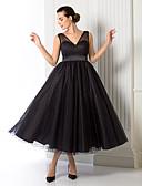 Χαμηλού Κόστους Φορέματα Παρανύμφων-Γραμμή Α Λαιμόκοψη V Κάτω από το γόνατο Τούλι Δεκαετία του 1950 / Μινιμαλιστική Κοκτέιλ Πάρτι / Καλωσόρισμα / Χοροεσπερίδα Φόρεμα 2020 με Ζώνη / Κορδέλα / Επίσημο Βραδινό