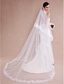 ราคาถูก ม่านสำหรับงานแต่งงาน-ชั้นเดียว งานผ้าขอบลายลูกไม้ ผ้าคลุมหน้าชุดแต่งงาน ผ้าคลุมหน้าในโบสถ์ กับ เข็มกลัด Tulle / คลาสสิก