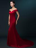 Χαμηλού Κόστους Βραδινά Φορέματα-Τρομπέτα / Γοργόνα Ώμοι Έξω Ουρά Σατέν Επίσημο Βραδινό Φόρεμα 2020 με Πλισέ