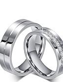 Χαμηλού Κόστους Quartz Ρολόγια-Ανδρικά Γυναικεία Δαχτυλίδι αρραβώνων Σετ δαχτυλιδιών Cubic Zirconia Τιτάνιο Cubic Zirconia Τιτάνιο Ατσάλι Κλασσικό Γάμου Πάρτι / Βράδυ Κοσμήματα Πριγκίπισσα