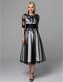 billige Cocktailkjoler-A-linje Besmykket Telang Blonder / Tyll Liten svart kjole / Elegant Cocktailfest / Bryllupsfest Kjole 2020 med Appliqué / Belte / bånd / Illusjon