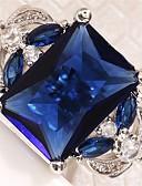 ราคาถูก นาฬิกาข้อมือหรูหรา-สำหรับผู้หญิง แหวนหมั้น Cubic Zirconia 1pc สีเขียว ฟ้า ไวน์ เรซิน ทองแดง พลอยเทียม Geometric Shape สุภาพสตรี Stylish ความหรูหรา การหมั้น เดท เครื่องประดับ โบราณ Emerald Cut หล่น