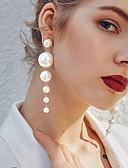 Χαμηλού Κόστους Quartz Ρολόγια-Γυναικεία Λευκό Μαργαριτάρι γλυκού νερού Κρεμαστά Σκουλαρίκια Κρεμαστά σκουλαρίκια Ștrasuri κυρίες Στυλάτο Κομψό Καθημερινό Μαργαριτάρι Σκουλαρίκια Κοσμήματα Λευκό / Σκουλαρίκια με πέρλες Για