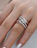 ราคาถูก ชุดว่ายน้ำและบิกินีผู้หญิง-สำหรับผู้หญิง แหวนหมั้น Cubic Zirconia 1pc ขาว ทองชุบ โลหะผสม หก Prongs ความหรูหรา งานแต่งงาน การหมั้น เครื่องประดับ เล่นไพ่คนเดียว