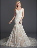 ราคาถูก Special Occasion Dresses-ทรัมเป็ต / เมอร์เมด คอวี ชายกระโปรงคอร์ท ลูกไม้ ชุดแต่งงานที่ทำขึ้นเพื่อวัด กับ เข็มกลัด / ลูกไม้ โดย LAN TING BRIDE®