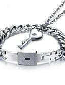 ราคาถูก นาฬิกากีฬา-สำหรับผู้ชาย สำหรับผู้หญิง สร้อยข้อมือโซ่และเชื่อมโยง สร้อยคอจี้ ทูโทน กุญแจ ความรัก Stylish Titanium Steel ต่างหู เครื่องประดับ สีเงิน สำหรับ การหมั้น ทุกวัน 2
