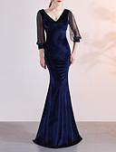 Χαμηλού Κόστους Βραδινά Φορέματα-Τρομπέτα / Γοργόνα Βυθίζοντας το λαιμό Ουρά Βελούδο Κομψό & Πολυτελές / Κομψό Επίσημο Βραδινό Φόρεμα 2020 με Κρυστάλλινη λεπτομέρεια