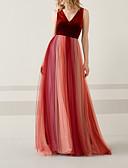 Χαμηλού Κόστους Βραδινά Φορέματα-Γραμμή Α Λαιμόκοψη V Μακρύ Τούλι / Βελούδο Ανοικτή Πλάτη / Μπλοκ χρωμάτων Επίσημο Βραδινό Φόρεμα 2020 με Που καλύπτει / Ζώνη / Κορδέλα