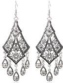 Χαμηλού Κόστους Σκιές Ματιών-Γυναικεία Cubic Zirconia Κρεμαστά Σκουλαρίκια Φούντα Λουλούδι Βίντατζ Σκουλαρίκια Κοσμήματα Χρυσό / Ασημί Για Αργίες 1 Pair