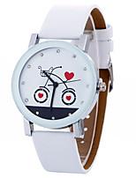 Недорогие -Жен. Повседневные часы Спортивные часы Модные часы Кварцевый Кожа Черный / Белый Творчество Cool Аналоговый Кулоны Роскошь На каждый день Элегантный стиль - Белый Черный