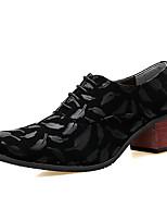 Masculino sapatos Couro Outono Inverno Conforto Oxfords Cadarço Para Festas & Noite Preto Preto e Dourado Preto e Prateado Preto/Vermelho