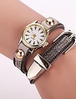 Per donna Orologio alla moda Orologio braccialetto Creativo unico orologio Orologio casual Simulato Triangolo Orologio Cinese Quarzo