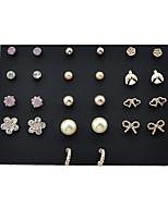 Femme Boucles d'oreille goutte Bijoux Basique Perle Alliage Forme Géométrique Forme de Numéro Bijoux Pour Quotidien Décontracté
