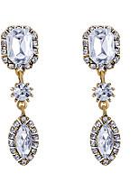 Mulheres Brincos Curtos Imitação de Diamante Geométrico Moda Jóias de Luxo Bijuterias Destaque Elegant Zircônia Cubica LigaForma