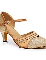Damen Modern Seide Sandalen Aufführung Verschlussschnalle Kubanischer Absatz Gold Schwarz Purpur 5 - 6,8 cm Maßfertigung