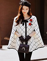 DABUWAWA Women's Party Going out Vintage Street chic Sophisticated Fall Winter Cloak/CapesColor Block Round Neck Sleeveless Regular Acrylic