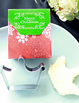Girls Christmas Party Souvenirs - Tiara Cookie Cutter in Favor Bag Beter Gifts®