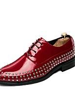 Masculino sapatos Couro Ecológico Primavera Outono Conforto Oxfords Tachas Cadarço Para Casual Preto Vermelho Azul