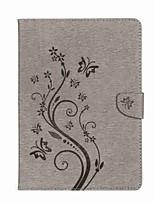 Недорогие -Кейс для Назначение iPad 10.5 iPad (2017) Цветы Кошелек Бумажник для карт со стендом Флип Рельефный С узором Магнитный Чехол Бабочка Цветы