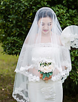One-tier Wedding Veil Shoulder Veils Elbow Veils With Applique Lace