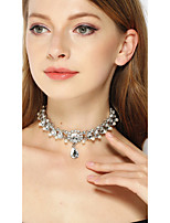 le collane del choker delle donne monili eleganti classici di cristallo per la festa nuziale