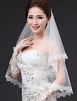 Une couche Contemporain Style moderne Style Simple Princesse Mariée Mariage Voiles de Mariée Voiles longueur coude Avec Applique Tulle