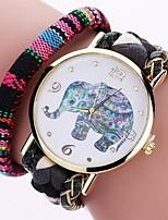 Per donna Orologio alla moda Orologio braccialetto Simulato Triangolo Orologio Cinese Quarzo PU Banda Vintage Ciondolo Casual classe Nero