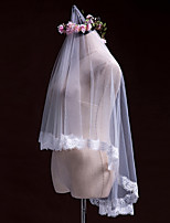 One-tier Wedding Veil Elbow Veils Fingertip Veils With Applique Lace Tulle