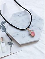 Femme Collier court /Ras-du-cou Pendentif de collier Bijoux Forme Ovale Strass Bijoux Pour Mariage Soirée Quotidien Scène