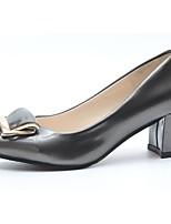 Feminino Sapatos Couro Ecológico Outono Inverno Conforto Saltos Salto de bloco Dedo Apontado Para Casual Branco Preto Prata
